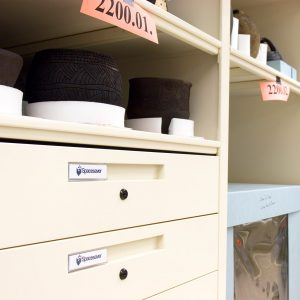 Compact-shelving with drawers