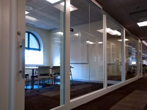 Modular Glass Walls for Classrooms and Libraries